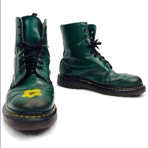 VTG Dr Martens England Made Grunge Distressed Boot